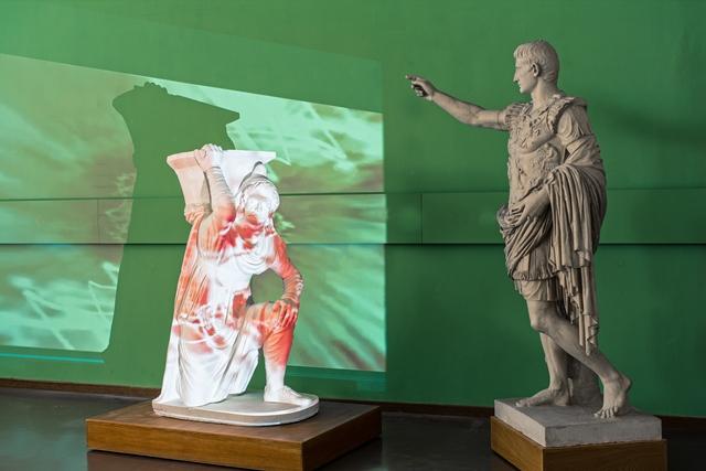 Inszenierung_Barbar_Augustus