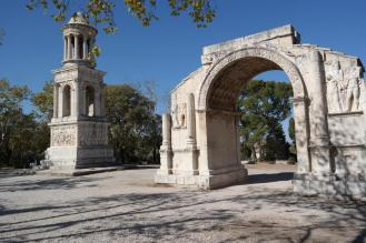 Glanum, mausoleum and arch