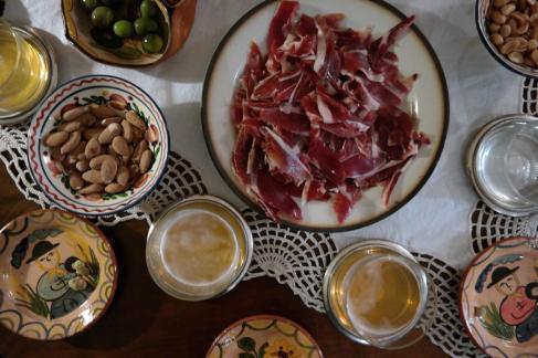 Spanish tapas à la Kunst.