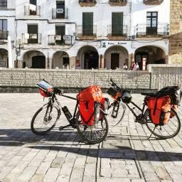 Cáceres, Placa Mayor.