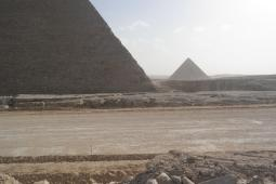 Giza, Chefren pyramid and Mykerinos pyramid.